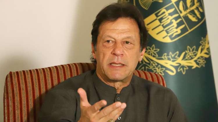 أفغانستان تستدعي سفيرها من باكستان ردا على تصريحات رئيس وزرائها