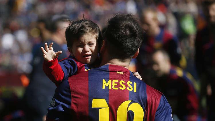 ميسي : ابني حذرني من القتل إذا عدت إلى الأرجنتين!