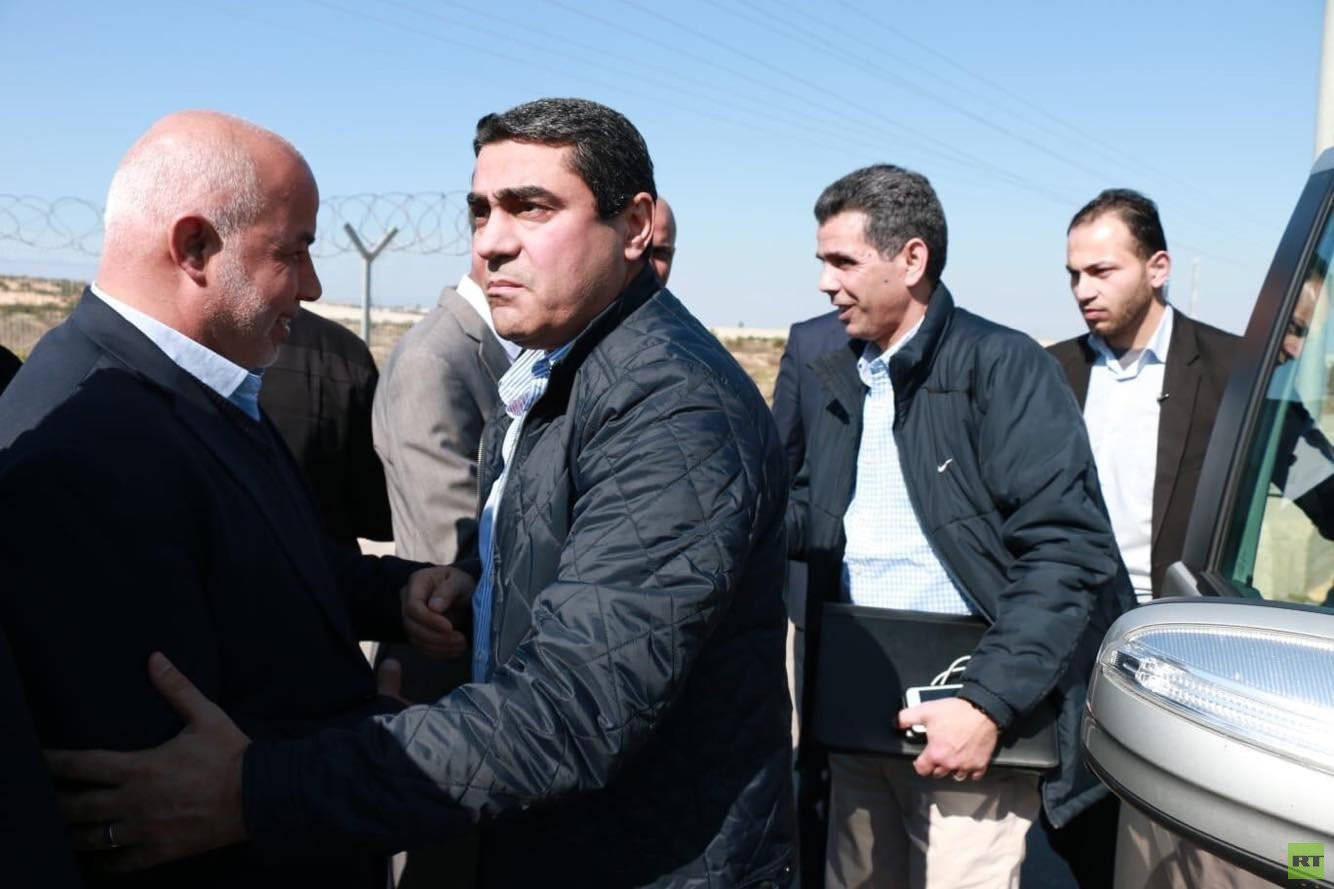 وفد من المخابرات المصرية يتفقد معبر رفح البري (صور)