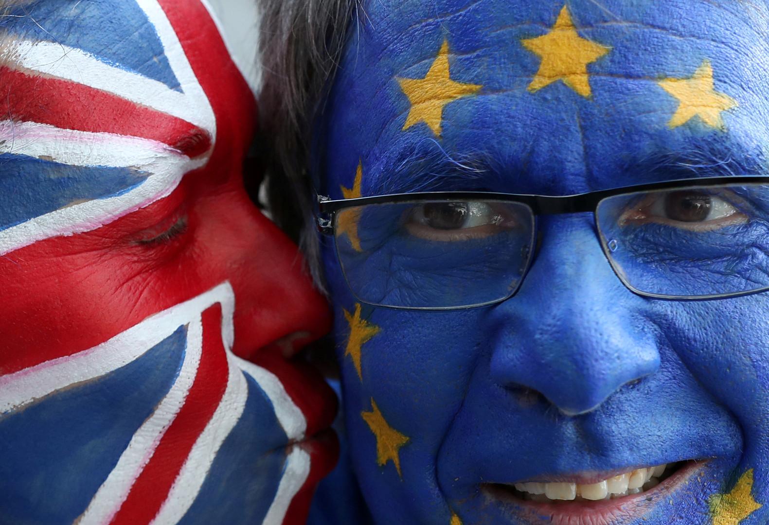 الاتحاد الأوروبي يوافق على تأجيل خروج بريطانيا.. لكن بشرط style=