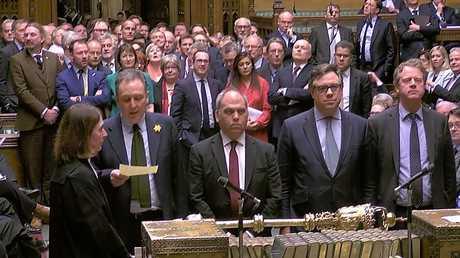 البرلمان البريطاني يصوت ضد