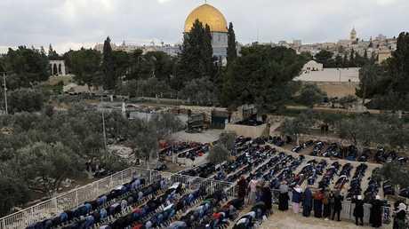 المصلون في المسجد الأقصى - القدس - أرشيف
