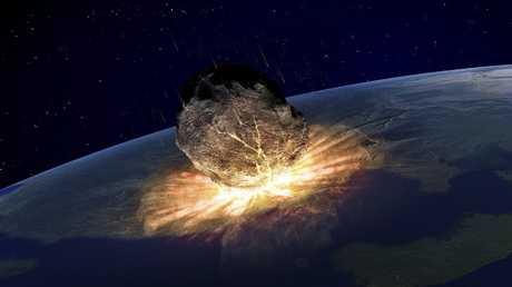 نيزك بـ 10 أضعاف قنبلة هيروشيما ينفجر فوق الأرض!