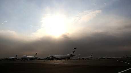 طائرات بمطار مهر آباد في طهران (صورة من الأرشيف)
