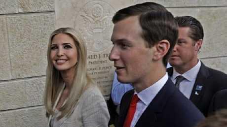 مهندس صفقة القرن صهر الرئيس دونالد ترامب جاريد كوشنر مع زوجته إيفانكا