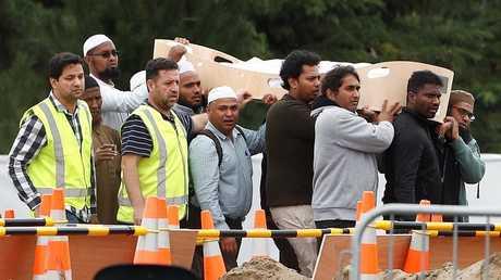 مراسم دفن أحد ضحايا الهجوم الإرهابي في كرايست تشيرتش، نيوزيلندا، 21 مارس 2019