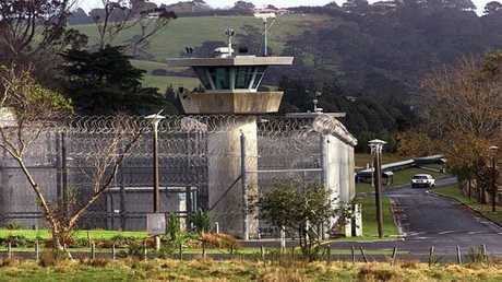 كيف تبدو زنزانة الحبس الانفرادي لسفاح نيوزيلندا؟
