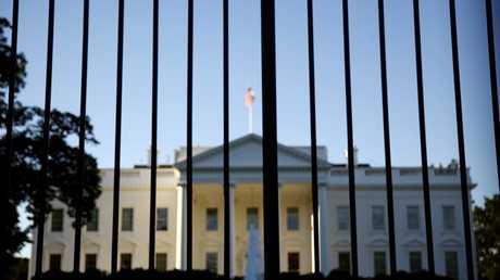 البيت الأبيض يرفض طلب الكشف عن تفاصيل مباحثات ترامب مع بوتين