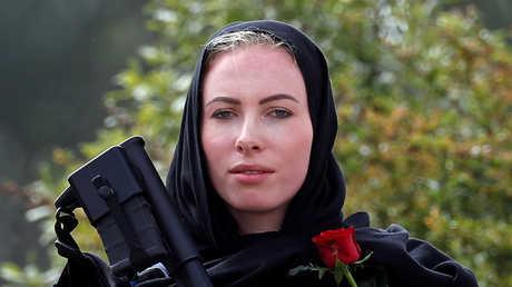 من أريزونا إلى لندن.. الآلاف يقفون دقيقتي صمت تضامنا مع ضحايا المسجدين في نيوزيلندا
