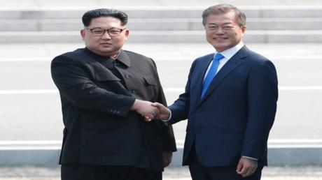 الزعيمان الكوري الجنوبي والكوري الشمالي