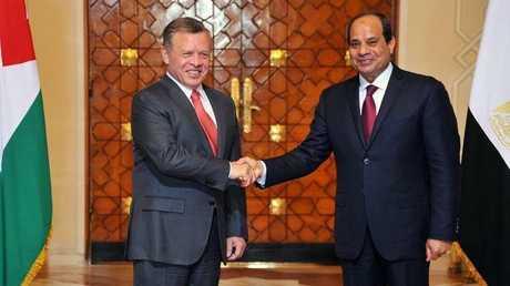 الرئيس المصري عبد الفتاح السيسي والعاهل الأردني، الملك عبد الله الثاني (أرشيف)