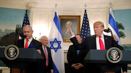 الرئيس الأمريكي، دونالد ترامب، ورئيس الوزراء الإسرائيلي، بنيامين نتنياهو، خلال لقائهما في البيت الأبيض يوم 25 مارس 2019