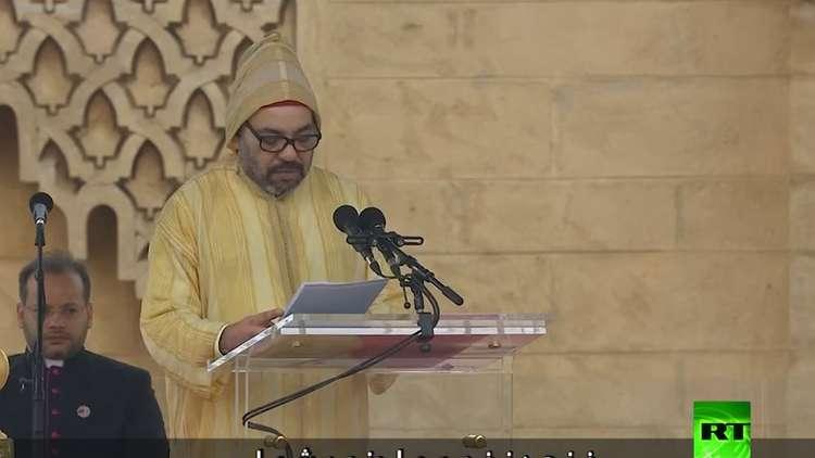 شاهد.. ملك المغرب يحيي بابا الفاتيكان بـ4 لغات
