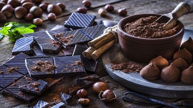 الشوكولاتة الداكنة