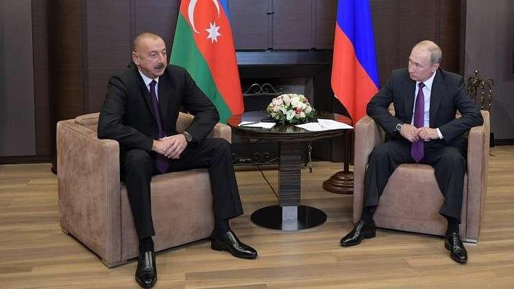 الرئيس الروسي فلاديمير بوتين مع نظيره الأذربيجاني إلهام علييف (صورة من الأرشيف)