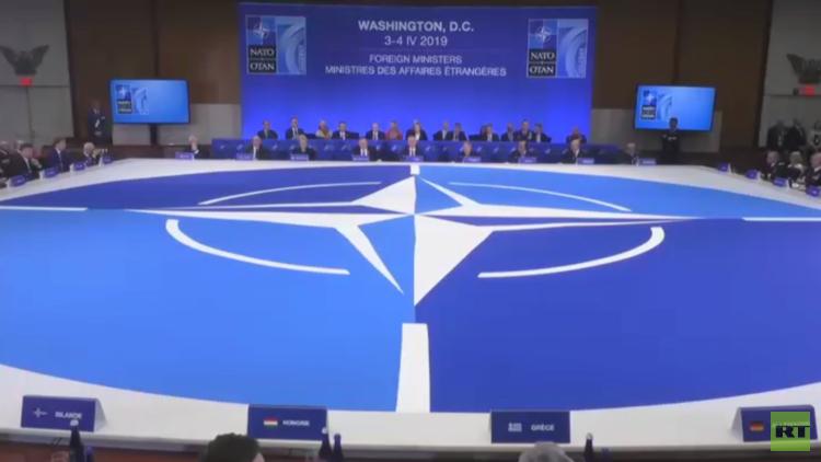 بومبيو يدعو الناتو لمواجهة
