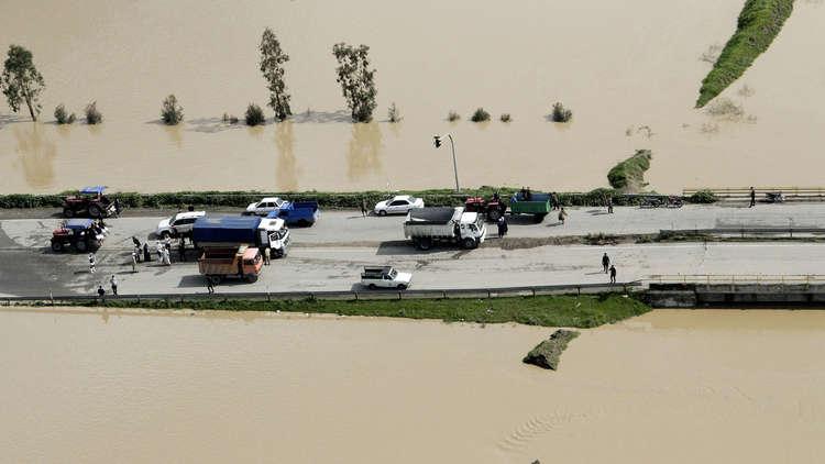 استنفار في إيران.. إخلاء المزيد من البلدات والقرى تحسبا لمزيد من الفيضانات
