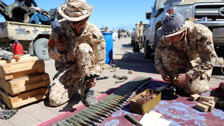 التصعيد في ليبيا يلقي بظلاله على أسواق النفط