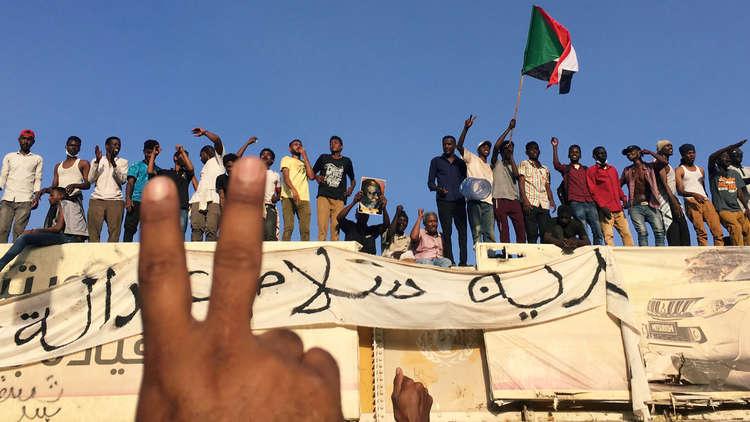 واشنطن تبدي دعمها للمتظاهرين في السودان وتحذر حكومة البشير