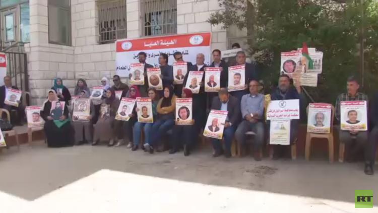 الأسرى الفلسطينيون في إضراب عن الطعام