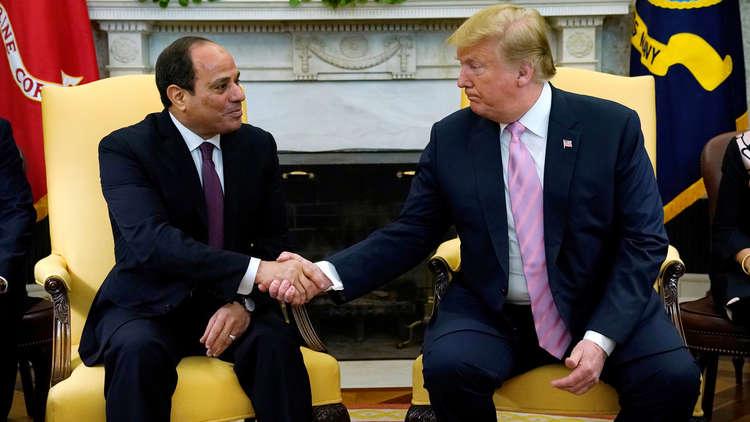 الرئيس الأمريكي دونالد ترامب أثناء لقائه بالرئيس المصري عبد الفتاح السيسي