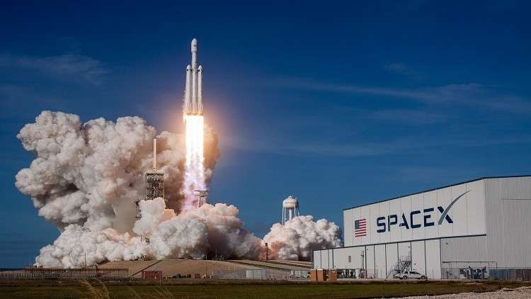 الرياح تؤجل إطلاق قمر صناعي سعودي بصاروخ أمريكي للمرة الثانية