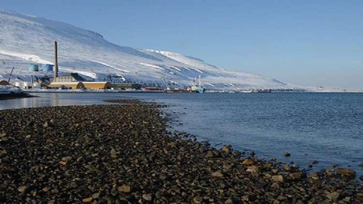 ذوبان الجليد الأزلي في القطب الشمالي عواقبه وخيمة