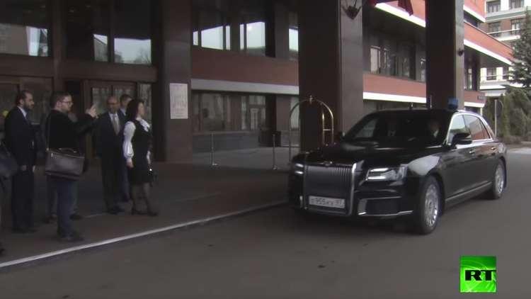 أول وزير عربي يقود