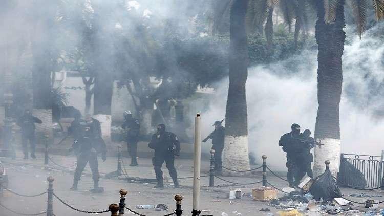ارتفاع كبير في حصيلة المعتقلين والمصابين بالمواجهات في الجزائر