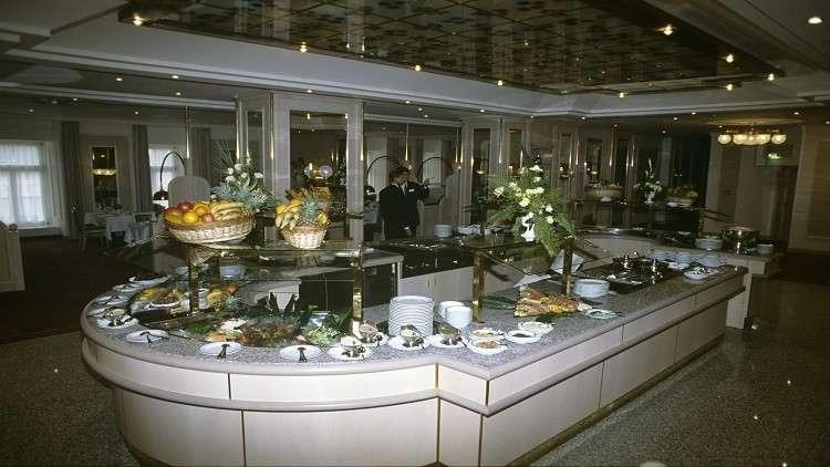 وجبة الفطور في دبي وجنيف الأرخص في العالم