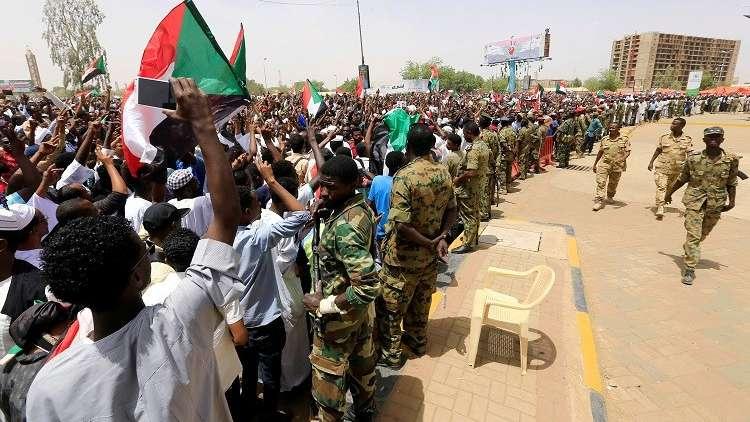 السودان.. المجلس العسكري الانتقالي يلغي قوانين تقييد الحريات