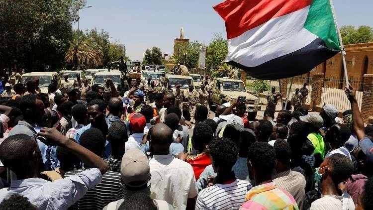 تجمع المهنيين يطالب بتشكيل مجلس رئاسي مدني في السودان