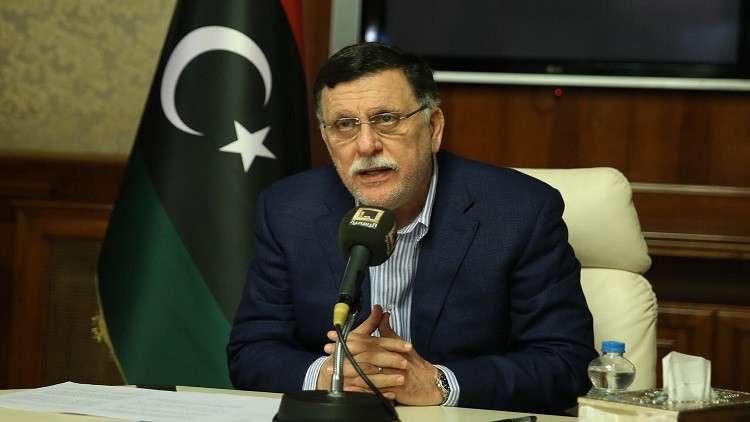 السراج يحذر أوروبا من موجات هجرة بسبب القتال في ليبيا