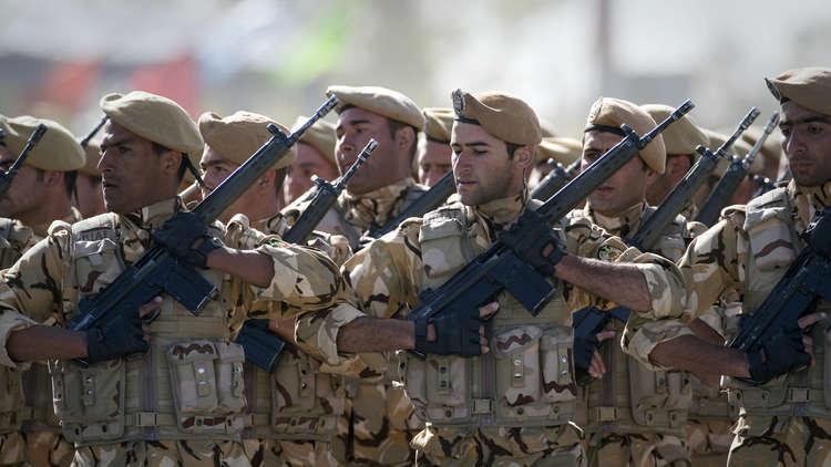 عناصر من الجيش الإيراني (أرشيف)