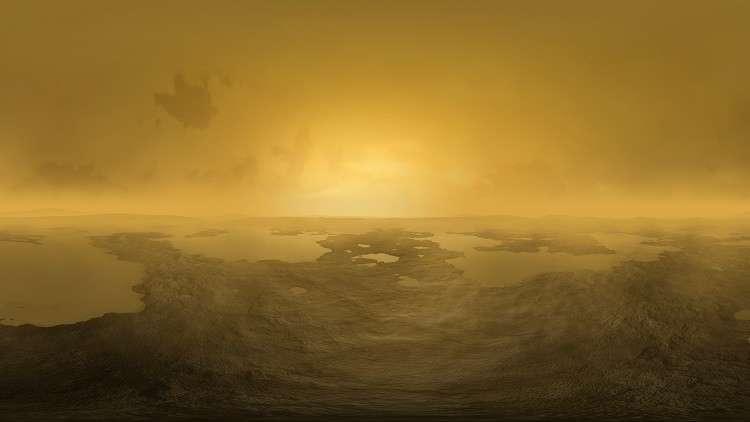 قمر تيتان يكشف عن شبهه بالأرض!
