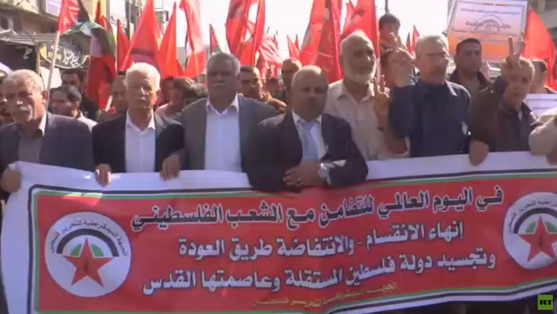 دعوات لاشتية لرفع العقوبات عن مواطني غزة