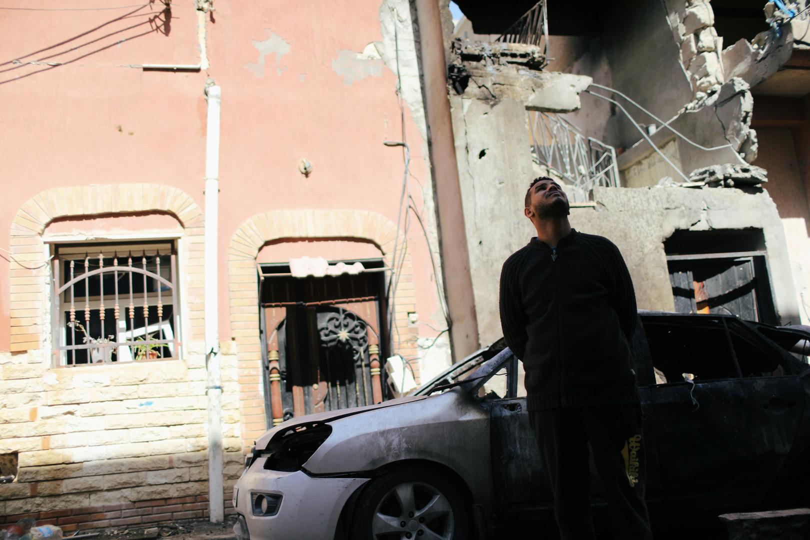 مانيلا تجلي مجموعة من مواطنيها من طرابلس بعد إصابة فلبيني بالقصف