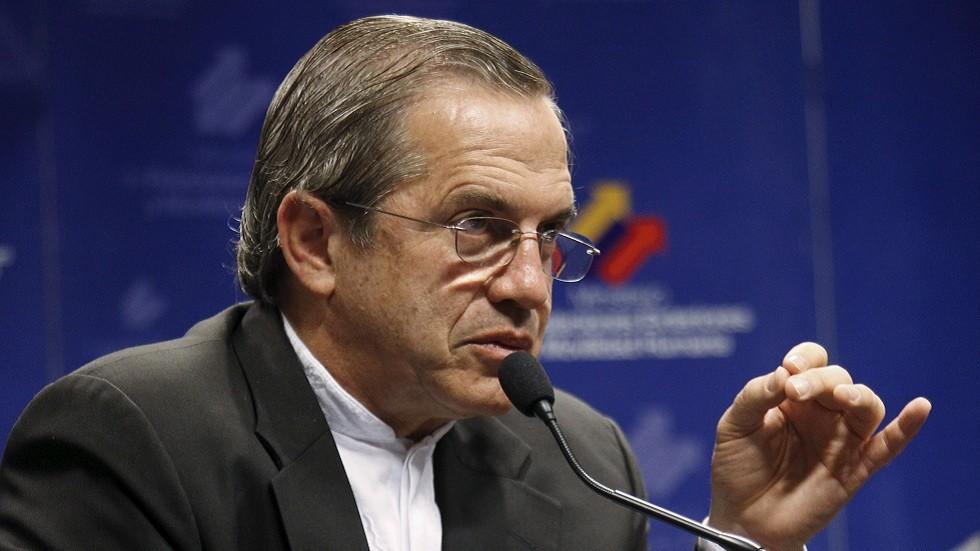 وزير الخارجية الإكوادوري السابق ريكاردو باتينيو