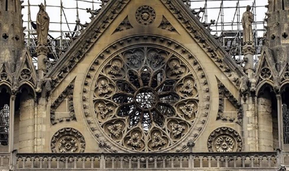 تشيلي تعرض منح فرنسا النحاس والخشب لترميم كاتدرائية نوتردام!