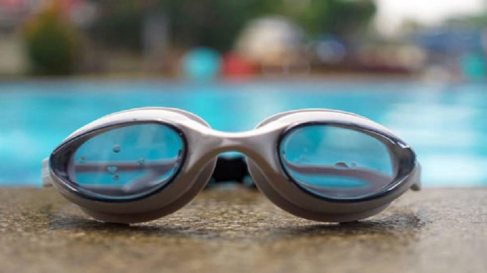 لماذا يجب على الرواد ارتداء نظارات السباحة في الفضاء؟