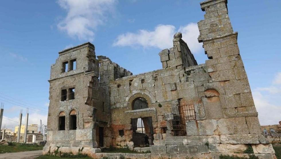 كنيسة قرية قلب لوزة في محافظة إدلب السورية