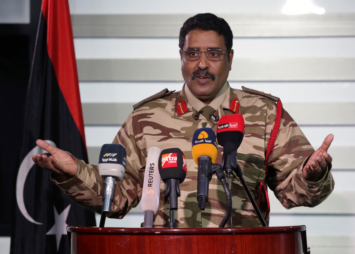 بلومبيرغ: ترامب أيد هجوم حفتر على طرابلس بدعوة من السيسي وبعد اتصال مع بن زايد