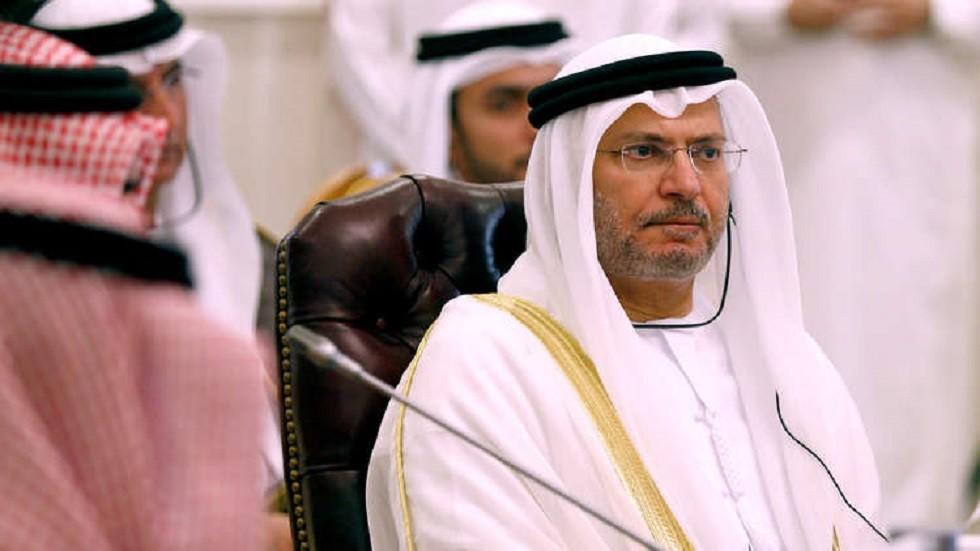قرقاش يعلق عقب توقيف تركيا شخصين زعمت أنهما يتجسسان لصالح الإمارات