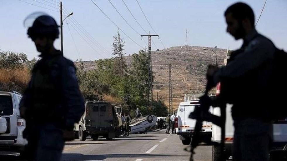 إصابة فلسطيني برصاص إسرائيلي بذريعة طعن