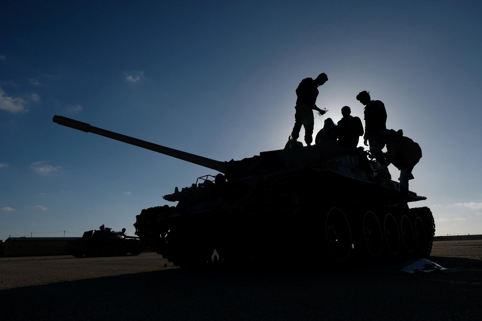 قوات حفتر توسع نطاق سيطرتها جنوب طرابلس وحكومة الوفاق تطلق مرحلة الهجوم