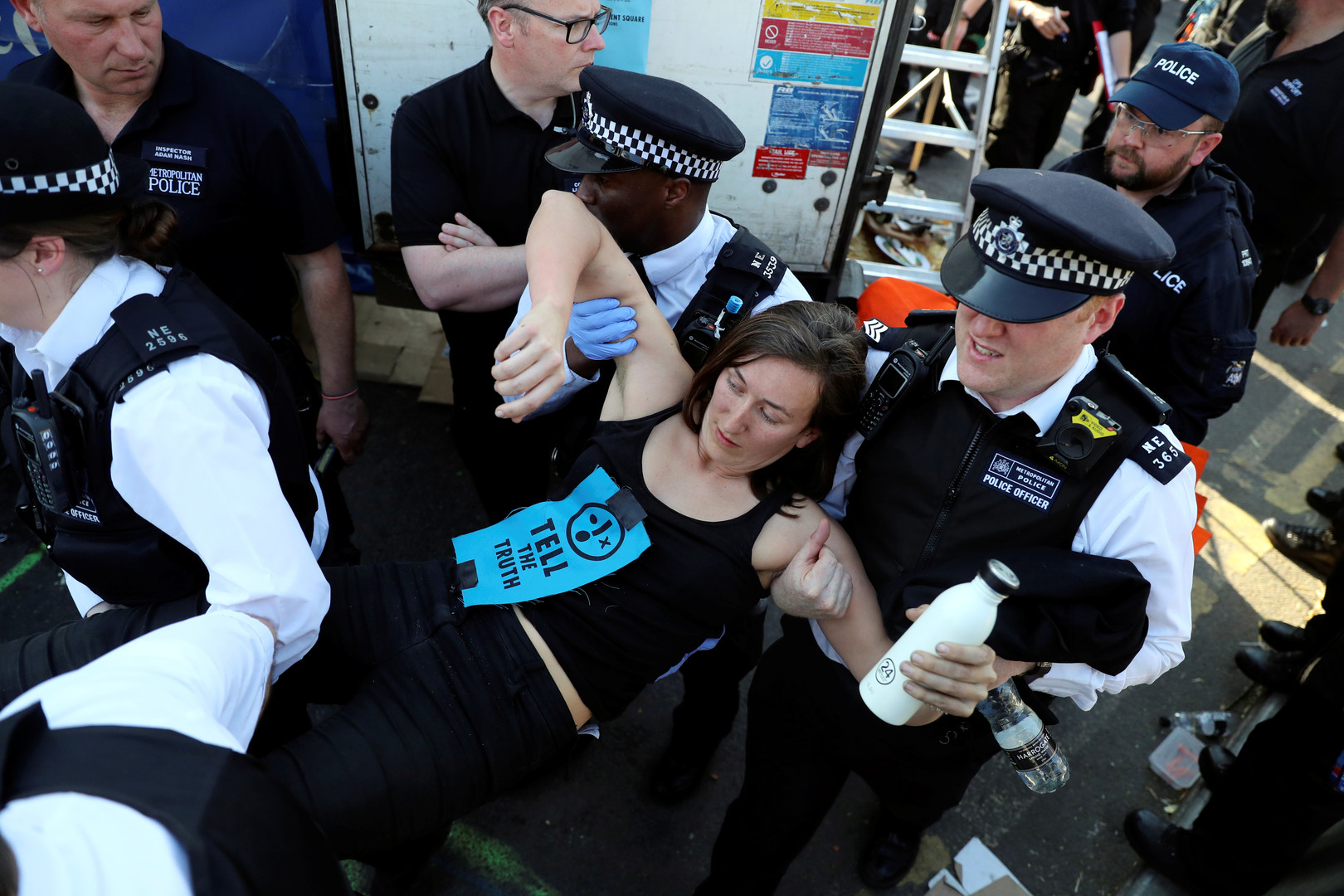 توقيف ناشطة لحماية البيئة في لندن