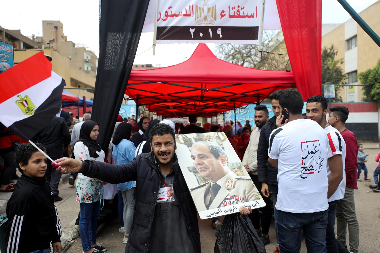 الوطنية للانتخابات: فاجأنا إقبال المصريين ولم نقرر بعد تمديد الاستفتاء
