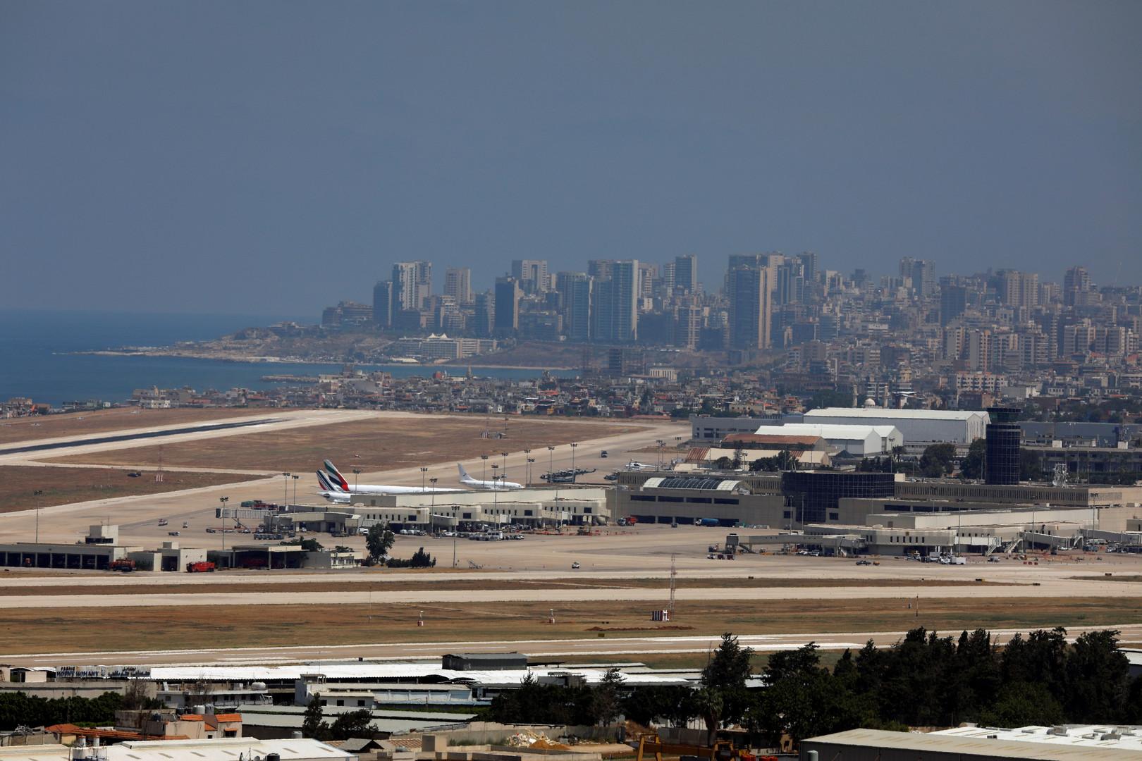 طائرة كويتية تصطدم بكتلة ثلجية وتهبط بسلام في بيروت (صور)