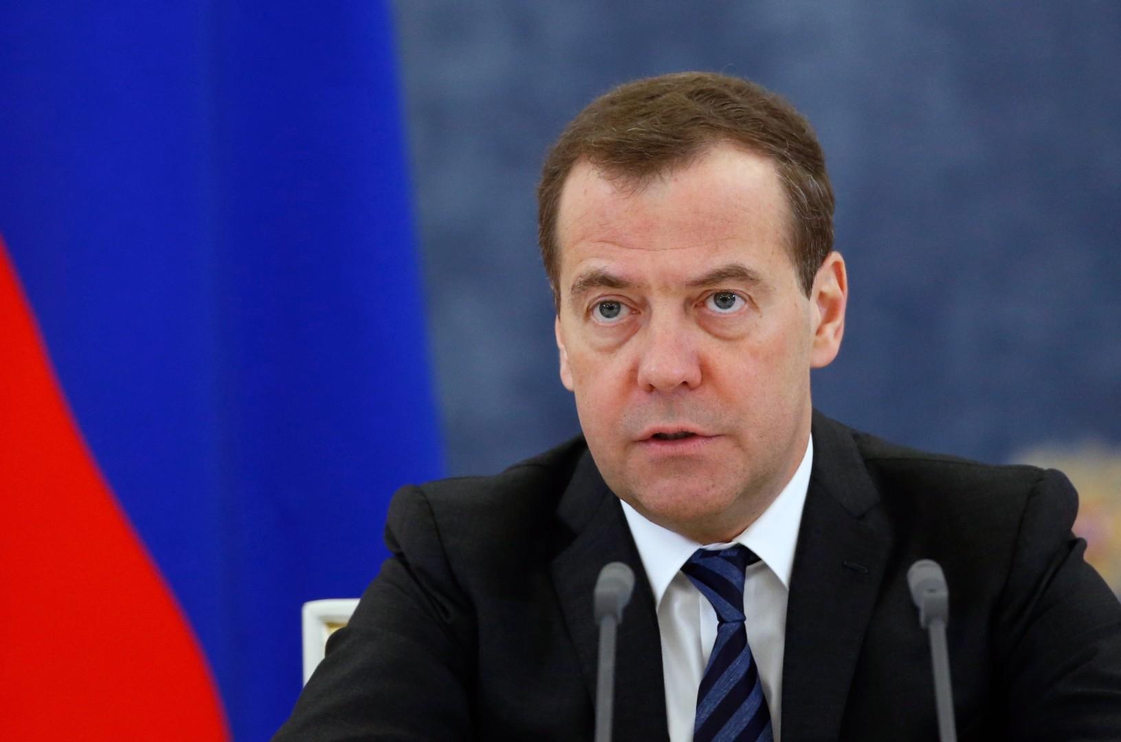مدفيديف يعلق على نتائج انتخابات الرئاسة الأوكرانية