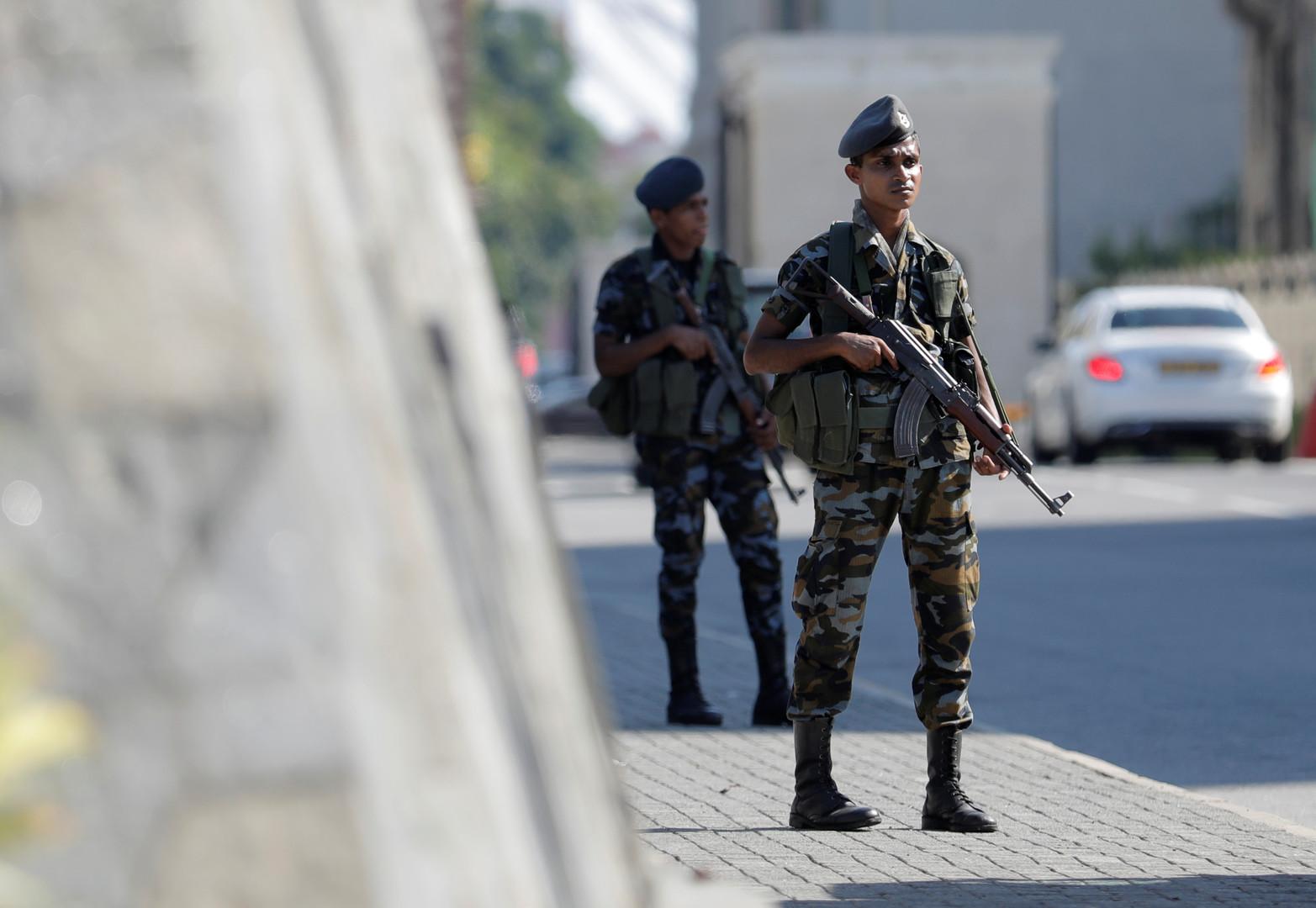شرطة سريلانكا تحدد هوية أحد الانتحاريين في انفجارات الأحد